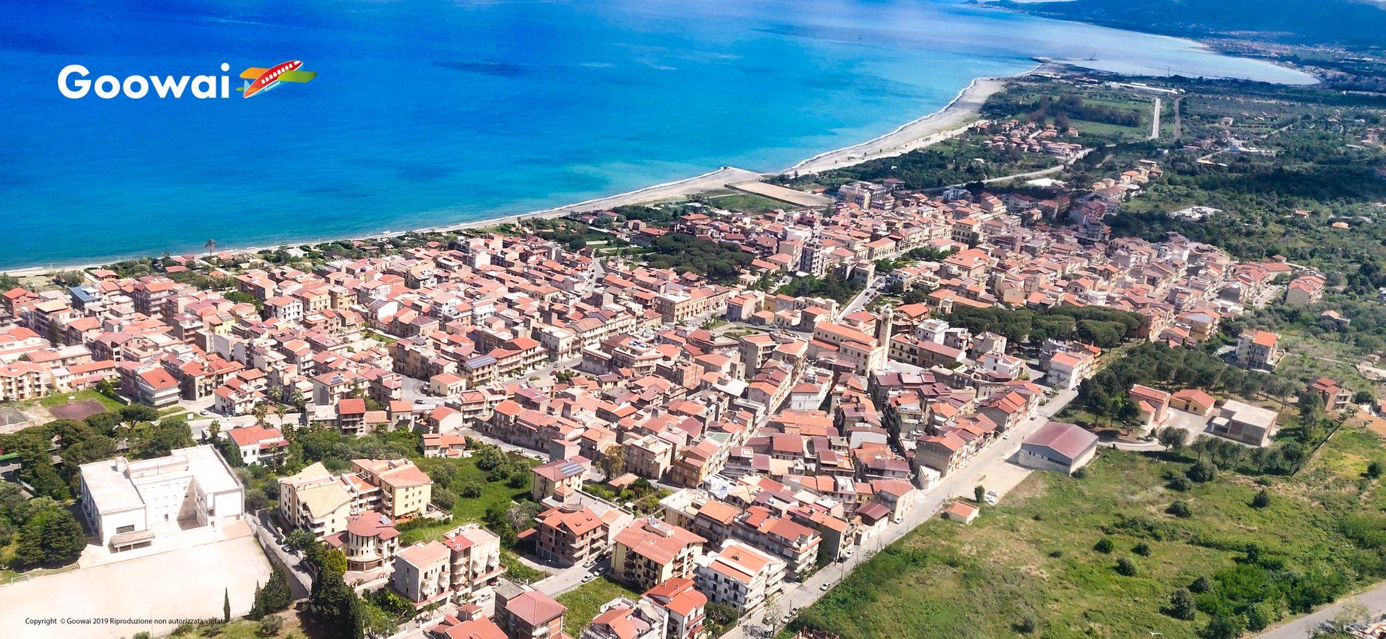 Veduta aerea di Acquedolci - Goowai Drone
